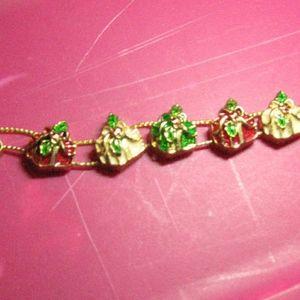 Jewelry - Christmas bracelet